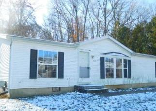 Foreclosed Home in Lansing 48911 W WINSFORD ST - Property ID: 4321578941