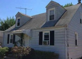Foreclosed Home in Trenton 08629 ATLANTIC AVE - Property ID: 4321639369