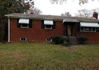 Foreclosed Home in Clinton 20735 ELMWOOD LN - Property ID: 4321656453