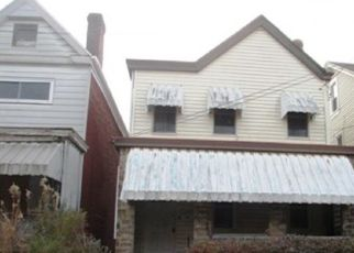 Foreclosed Home in Pittsburgh 15210 MINOOKA ST - Property ID: 4321657321