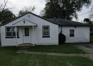 Foreclosed Home in Muncie 47302 E 15TH ST - Property ID: 4321715133
