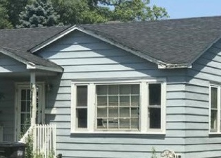 Foreclosed Home in Lake Station 46405 E 28TH AVE - Property ID: 4321805810