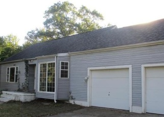 Foreclosed Home in Gary 46408 CREST RD - Property ID: 4321807108