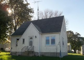 Foreclosed Home in Reinbeck 50669 NORWOOD ST - Property ID: 4321902151