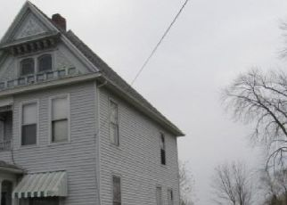 Foreclosed Home in Galesburg 61401 DIVISION ST - Property ID: 4321904339