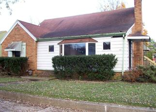 Foreclosed Home in Michigan City 46360 N CALUMET AVE - Property ID: 4321921424