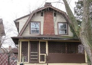 Foreclosed Home in Columbus 43206 E KOSSUTH ST - Property ID: 4322135598