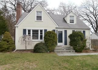 Foreclosed Home in Fairfield 06824 BEAUMONT ST - Property ID: 4322169311