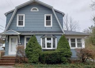 Foreclosed Home in Euclid 44123 MAPLEWOOD AVE - Property ID: 4322297200