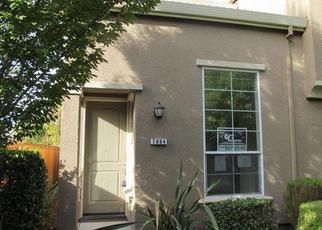 Foreclosed Home in Sacramento 95823 MONALDO WALK - Property ID: 4322415911