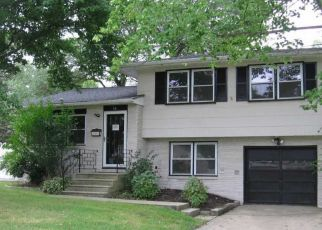 Foreclosed Home in Barrington 08007 ENDERS DR - Property ID: 4322627887