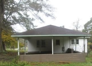 Foreclosed Home in Haleyville 35565 17TH AVE - Property ID: 4322869188