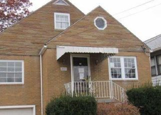 Foreclosed Home in Steubenville 43952 GIRARD AVE - Property ID: 4322922635