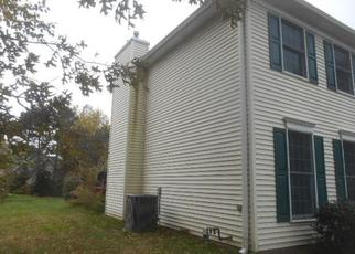 Foreclosed Home in Erie 16505 WOLF RUN DR - Property ID: 4322958101