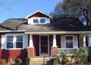 Foreclosed Home in Finksburg 21048 OLD WESTMINSTER PIKE - Property ID: 4322986584