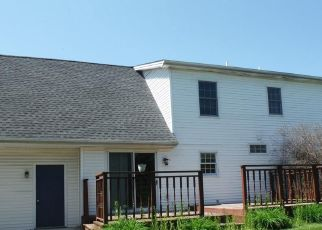 Foreclosed Home in Etters 17319 NANCY LOPEZ LN - Property ID: 4322988777