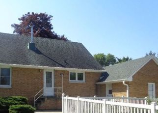 Foreclosed Home in Horicon 53032 E WALNUT ST - Property ID: 4323119728