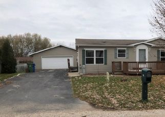 Foreclosed Home in Greenleaf 54126 DEUSTER RD - Property ID: 4323120603