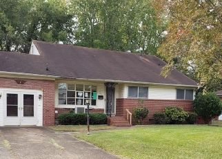Foreclosed Home in Norfolk 23502 BRIAR HILL RD - Property ID: 4323200303