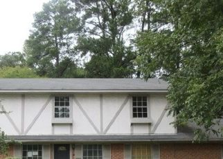 Foreclosed Home in Kilgore 75662 ROCKBROOK DR - Property ID: 4323246291