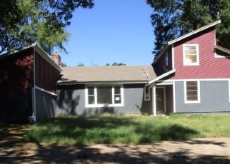 Foreclosed Home in Scroggins 75480 WHITE OAK BLVD - Property ID: 4323250682