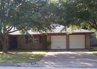 Foreclosed Home in Fort Worth 76132 SOUTH DR - Property ID: 4323262500