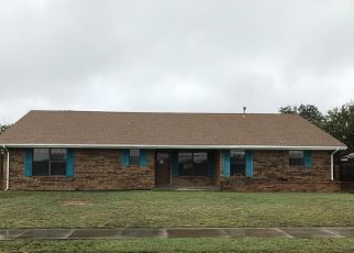 Foreclosed Home in Big Spring 79720 PARKWAY RD - Property ID: 4323263378