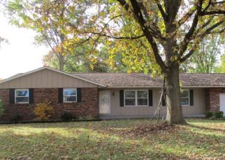Foreclosed Home in Mascoutah 62258 N 1ST ST - Property ID: 4323346144