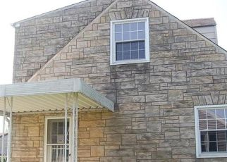 Foreclosed Home in Natrona Heights 15065 UNION AVE - Property ID: 4323378570