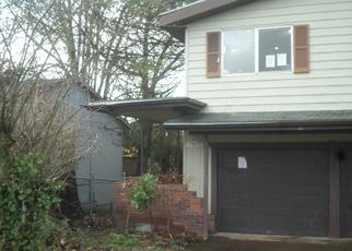 Foreclosed Home in Portland 97266 SE 105TH AVE - Property ID: 4323441638
