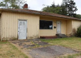 Foreclosed Home in North Bend 97459 VIRGINIA AVE - Property ID: 4323444704