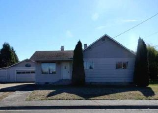 Foreclosed Home in Harrisburg 97446 TERRITORIAL ST - Property ID: 4323451713
