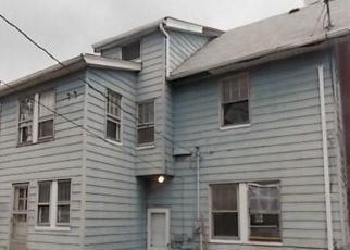 Foreclosed Home in Cleveland 44118 BERKSHIRE RD - Property ID: 4323488496