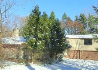 Foreclosed Home in Orchard Park 14127 MILESTRIP RD - Property ID: 4323551569