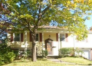 Foreclosed Home in Bowie 20716 PEACHWOOD LN - Property ID: 4323570848