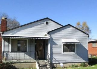 Foreclosed Home in Indianapolis 46218 HOVEY ST - Property ID: 4323707483