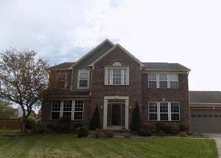 Foreclosed Home in Fishers 46038 WEAVER WOODS PL - Property ID: 4323714940