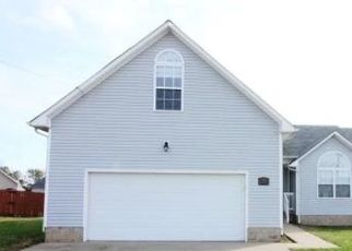 Foreclosed Home in Oak Grove 42262 REIGH COUNT CT - Property ID: 4323764419