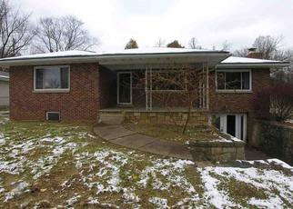 Foreclosed Home in Huntington 25701 GREEN VALLEY RD - Property ID: 4323771879