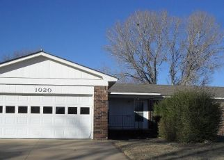 Foreclosed Home in Arkansas City 67005 HIGHLAND DR - Property ID: 4323787182