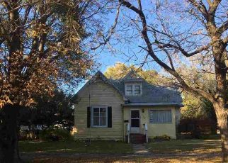 Foreclosed Home in Winfield 67156 E 8TH AVE - Property ID: 4323790253