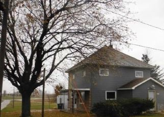 Foreclosed Home in Arlington 50606 PARK AVE - Property ID: 4323799909
