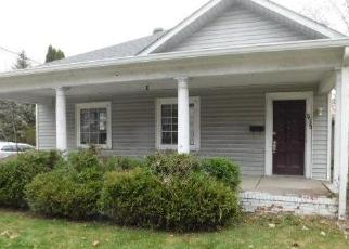 Foreclosed Home in Greenfield 46140 N STATE ST - Property ID: 4323823999