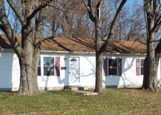Foreclosed Home in Rensselaer 47978 E MAPLE ST - Property ID: 4323824869
