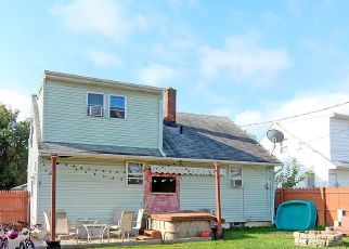 Foreclosed Home in Buffalo 14223 CLEVELAND DR - Property ID: 4323923406