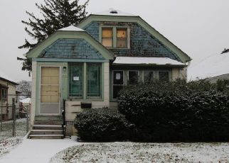 Foreclosed Home in Milwaukee 53218 N 54TH ST - Property ID: 4324019318