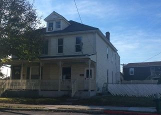 Foreclosed Home in Hagerstown 21740 MCDOWELL AVE - Property ID: 4324074957