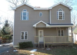 Foreclosed Home in Budd Lake 07828 WATERLOO RD - Property ID: 4324090268