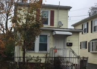 Foreclosed Home in Lynn 01905 COTTAGE ST - Property ID: 4324198901