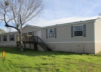 Foreclosed Home in San Antonio 78253 COUNTY ROAD 3822 - Property ID: 4324220346